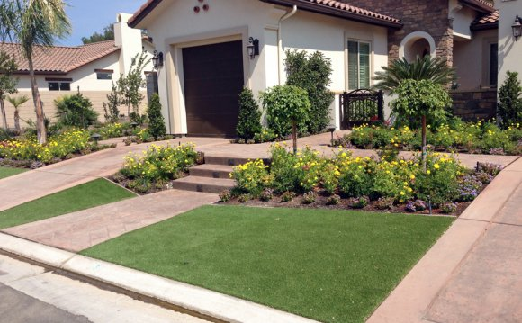 Artificial-grass-installation