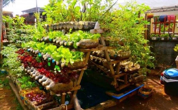 Backyard vegetable Garden Design ideas | Residential landscaping