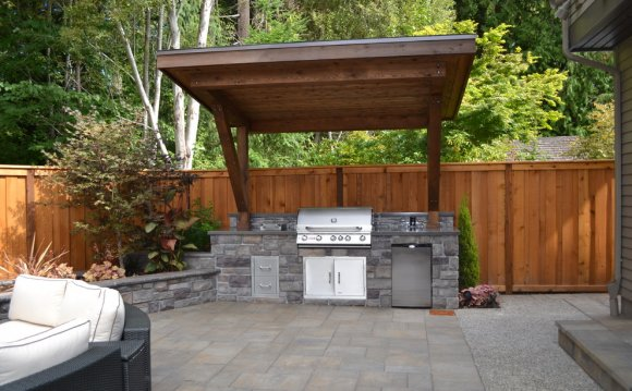 20 Outdoor Kitchens And