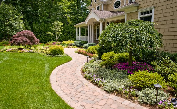 Front Yard Landscaping With