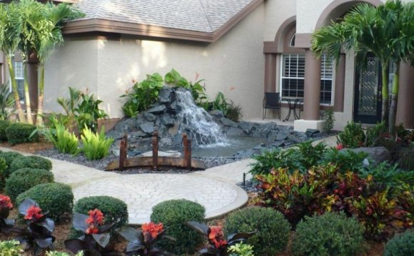 Front yard Landscape Design Ideas pictures
