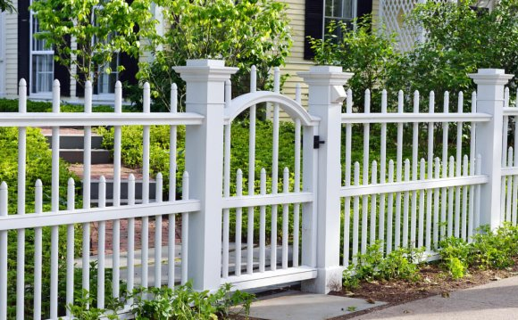 Front yard fence designs