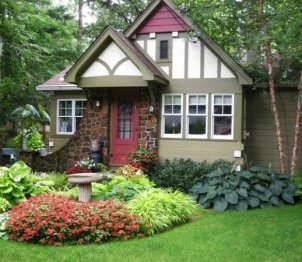 small front yard landscape ideas water feature green lawn