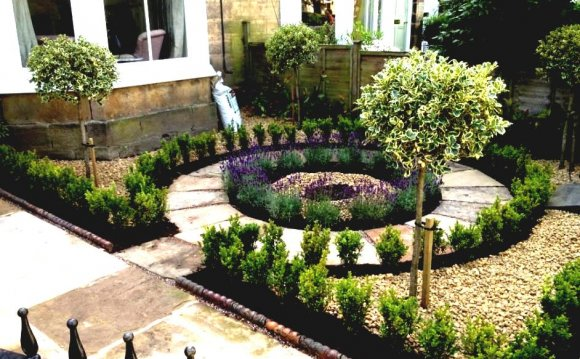 Small front gardens ideas