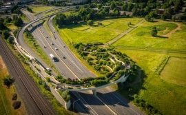 Vancouver land bridge; credit: Jones & Jones